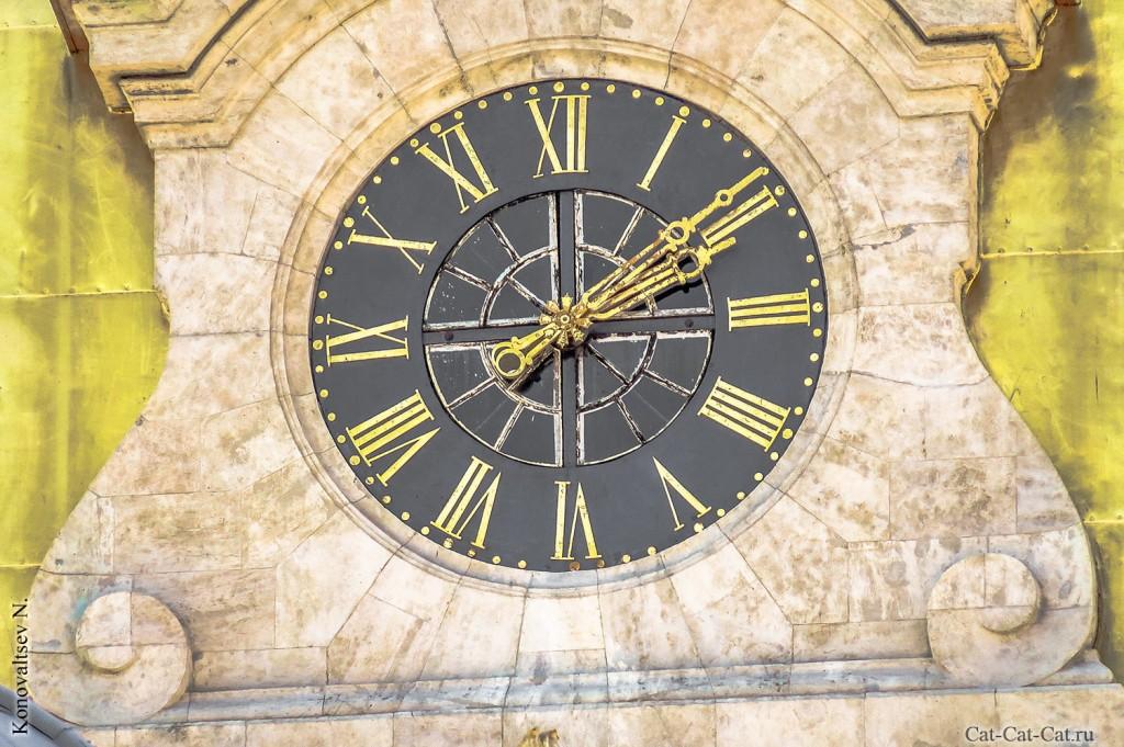 Часы Петропавловской крепости