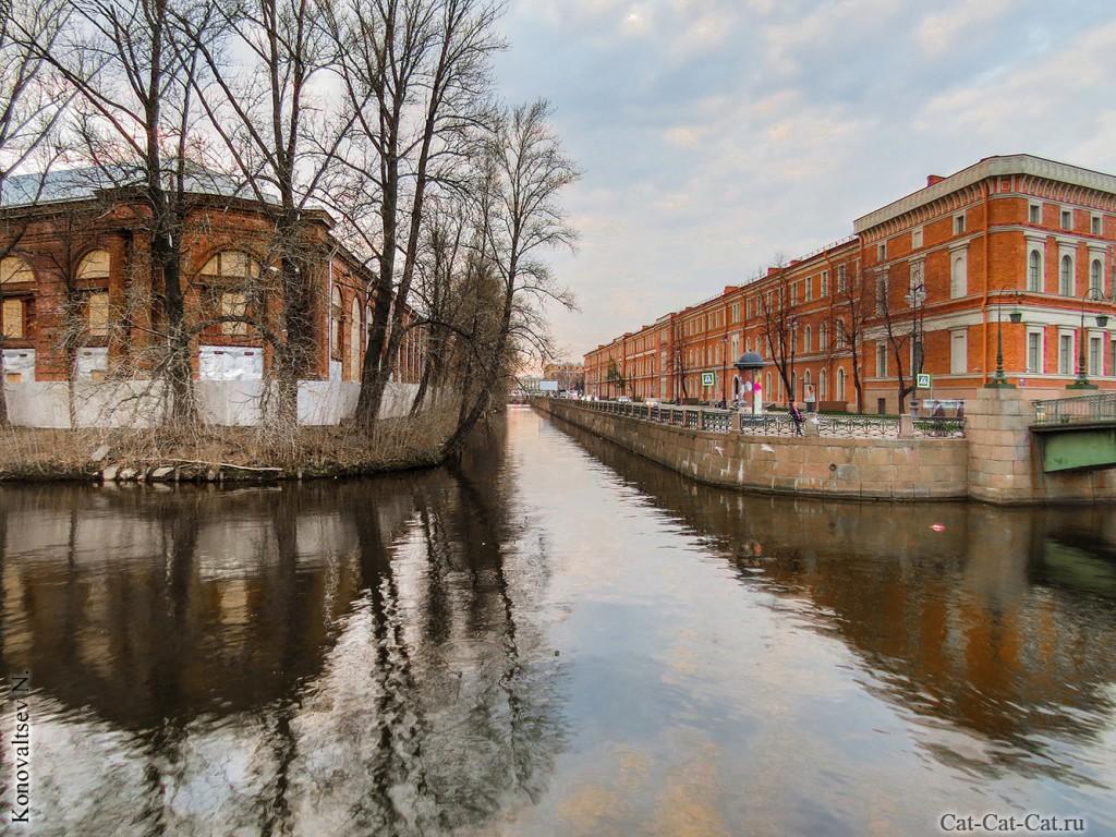 Лесной склад, Крюков канал и Центральный военно-морской музей