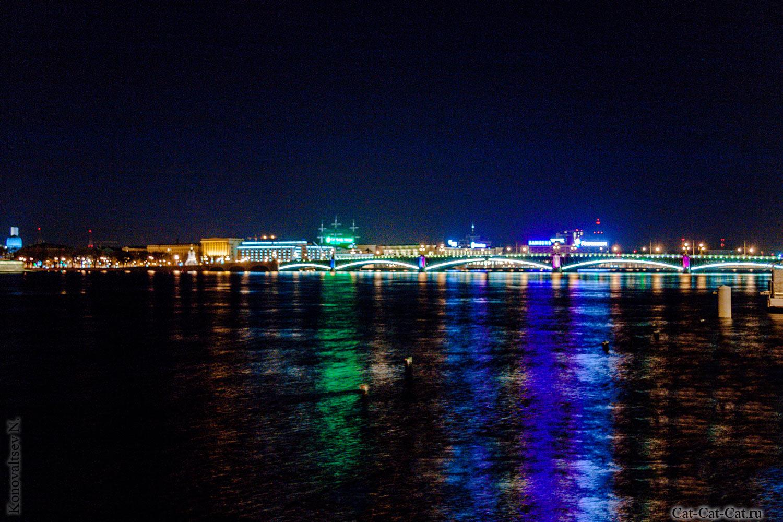 Ночью на набережной
